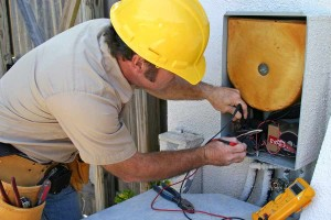 bigstock-Air-Conditioning-Repairman--70044x